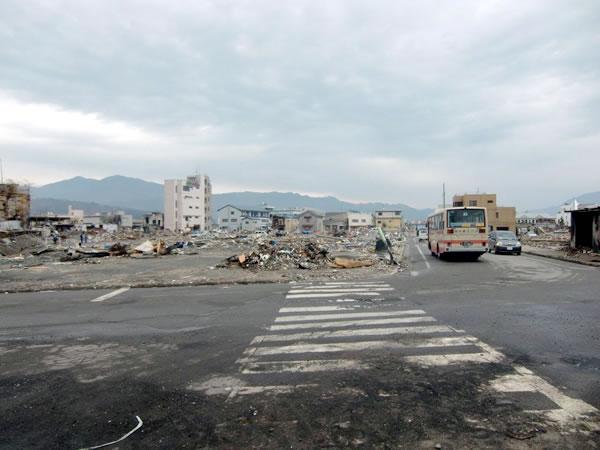 陸中山田駅前(山田町川向町)