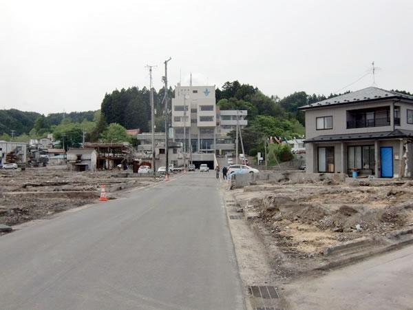 役場通り(山田町八幡町)
