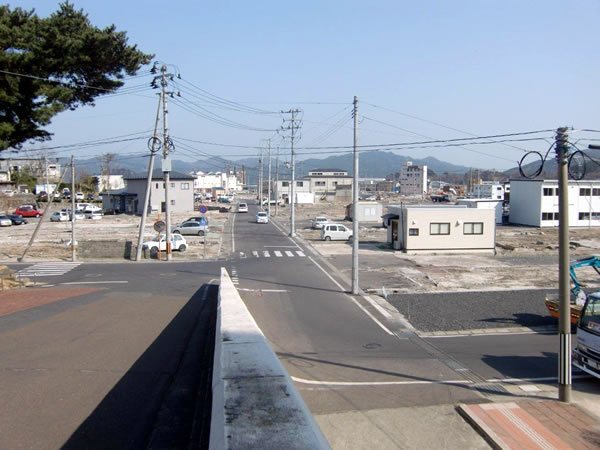 山田町役場前(山田町八幡町)