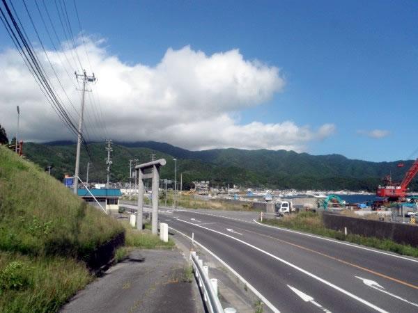 大沢 魚賀波間神社付近