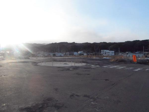 陸中山田駅前(シナノキ跡)