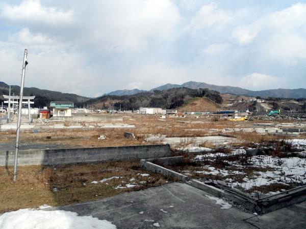 北浜~柳沢 NTT付近より(写真左側に大杉神社)