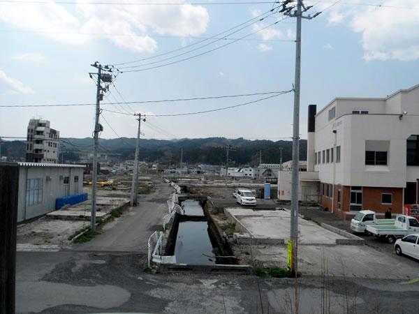 山田 漁協付近堤防より