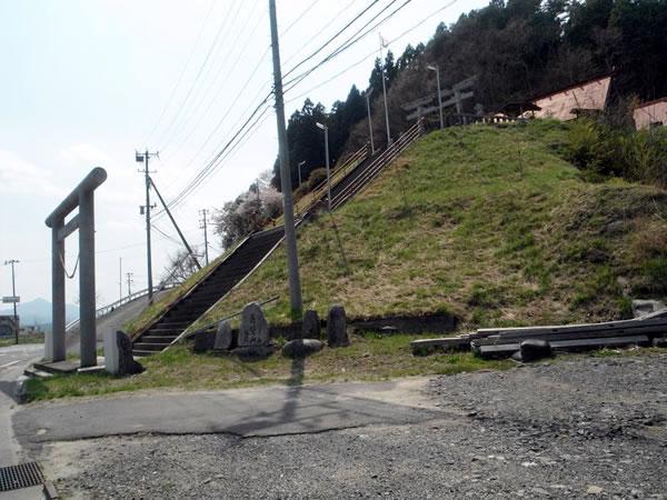 魚賀波間神社