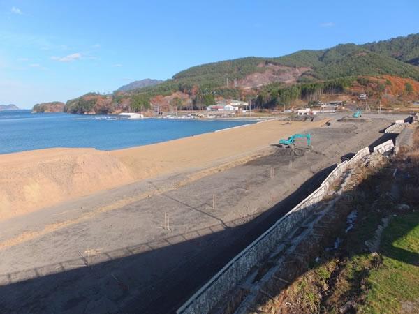 船越 浦の浜