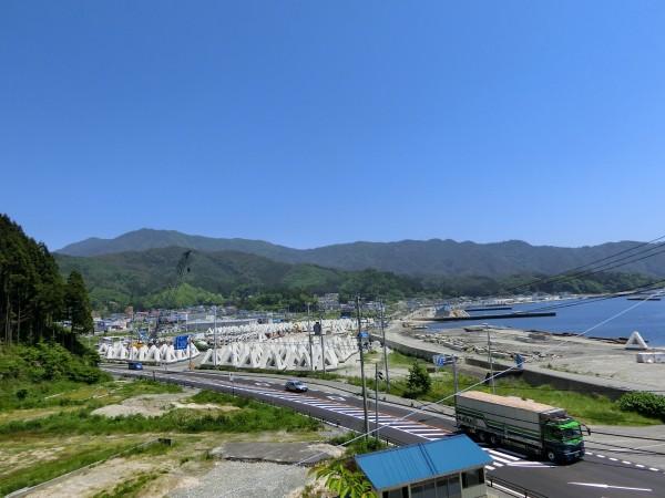 魚賀波間神社から北側