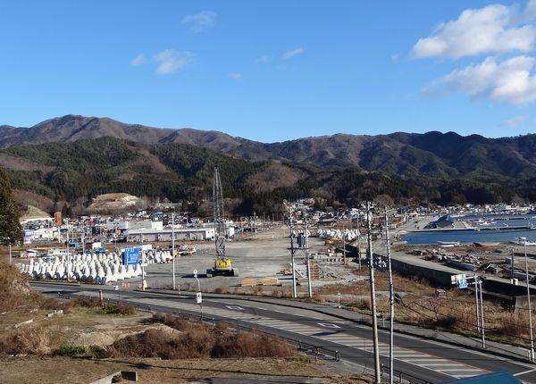 魚賀波間神社から北側を望む