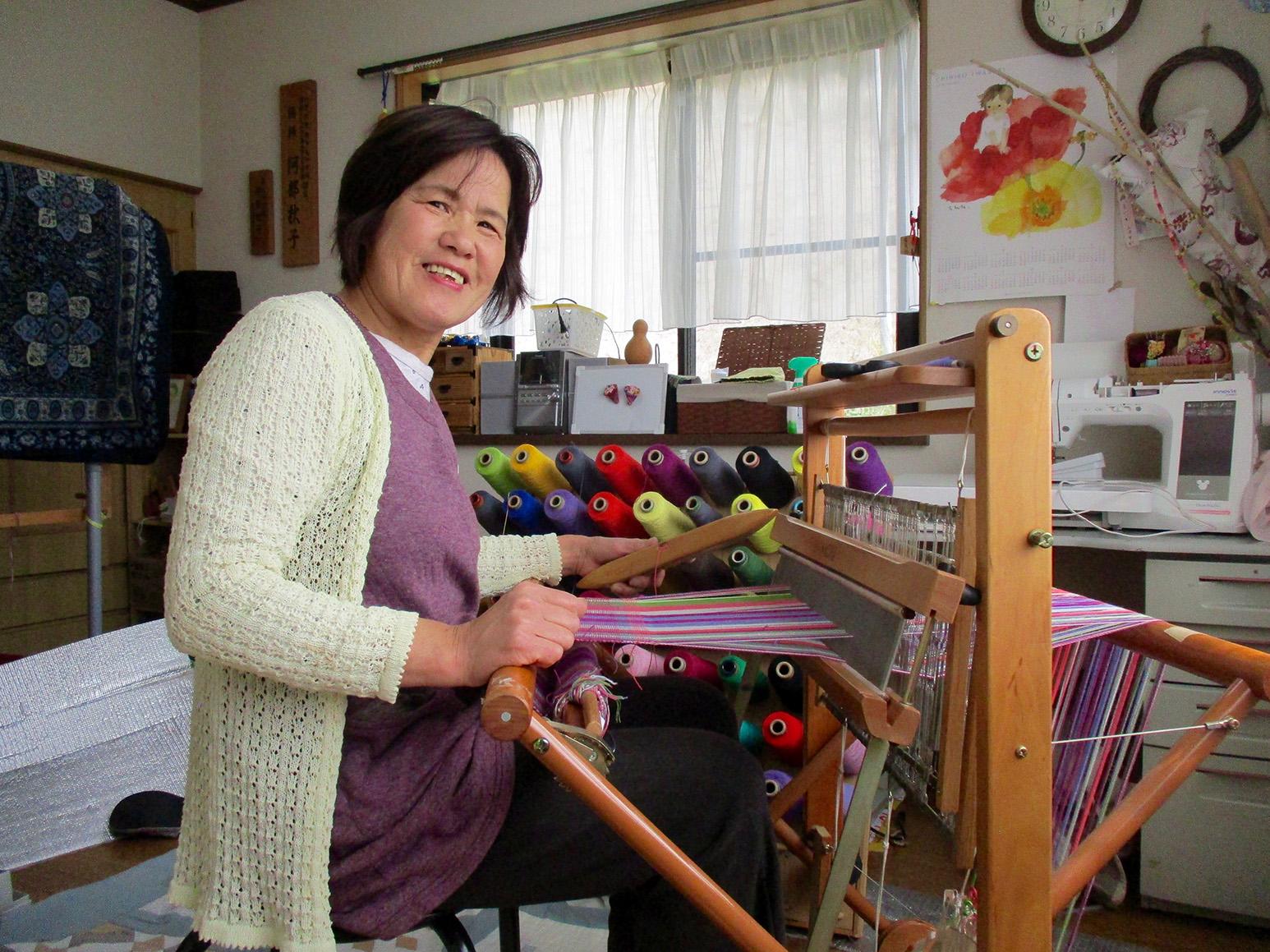 山田のかあさんと「さをり織り」体験