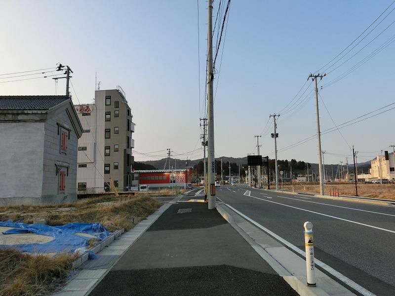 国道45号(川向町付近)